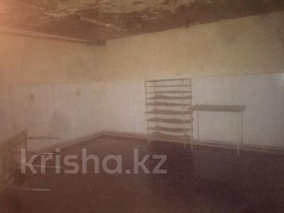 Здание, площадью 492 м², Жангир Хана 50/1 — 2-я Линейная за 48 млн 〒 в Уральске — фото 10