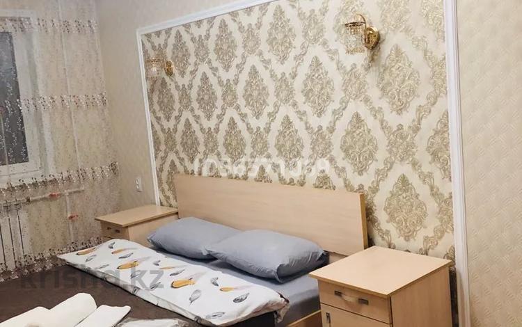2-комнатная квартира, 47 м², 2/5 этаж посуточно, 6 микрорайон 17 за 12 000 〒 в Темиртау