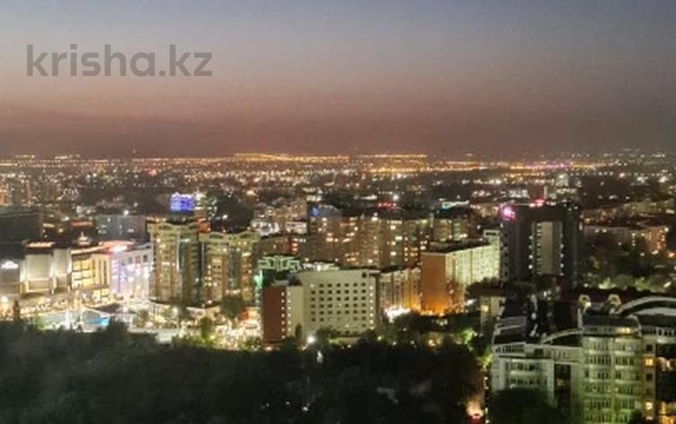 3-комнатная квартира, 130 м², 130 этаж, Аль-Фараби за 70 млн 〒 в Алматы, Бостандыкский р-н