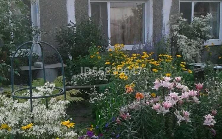 4-комнатный дом, 85 м², 9 сот., Опытное поле за 8 млн 〒 в Усть-Каменогорске
