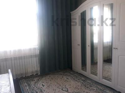 5-комнатный дом, 12 м², 8 сот., Мкр. Самал 3 13 за 20 млн 〒 в Шымкенте, Абайский р-н