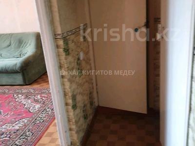 2-комнатная квартира, 54 м², 5/9 этаж, мкр Жетысу-1 за 25 млн 〒 в Алматы, Ауэзовский р-н