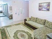 2-комнатная квартира, 80 м², 5/12 этаж посуточно