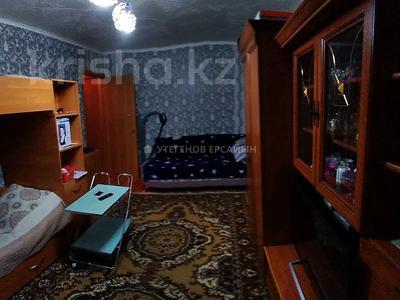 1-комнатная квартира, 31 м², 1/5 этаж, мкр Майкудук, 11а мкр. 5 за 6 млн 〒 в Караганде, Октябрьский р-н — фото 3