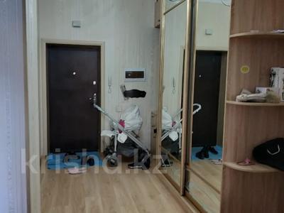 3-комнатная квартира, 125 м², 5/10 этаж помесячно, Байтурсынова 17 за 190 000 〒 в Нур-Султане (Астана) — фото 13