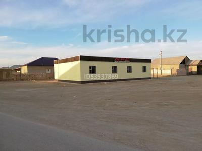 Здание, площадью 200 м², Қызылтөбе-2 ауылы 377/3 за 5.7 млн 〒 в Кызылтобе