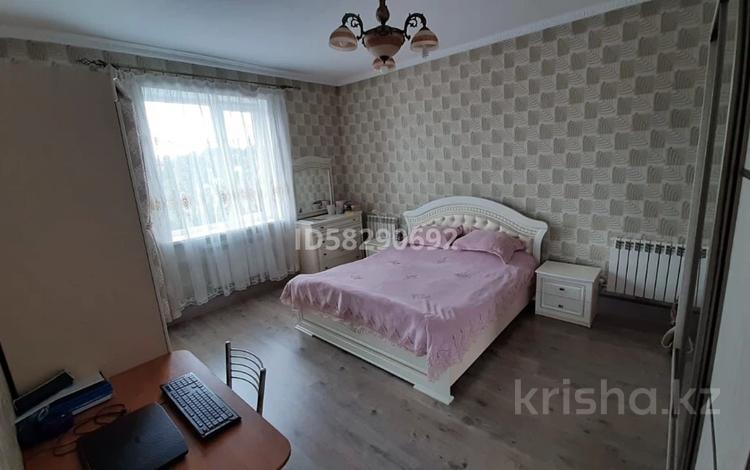 5-комнатный дом, 160 м², 4 сот., мкр Акбулак, Байконырова за 45 млн 〒 в Алматы, Алатауский р-н