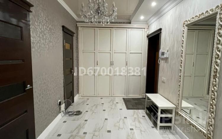 3-комнатная квартира, 130 м², 6/12 этаж, Генерала Дюсенова 22 за 55 млн 〒 в Павлодаре