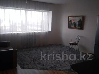 2-комнатная квартира, 72 м², 33/36 этаж посуточно, Достык 5 — Сауран за 12 500 〒 в Нур-Султане (Астана), Есиль р-н — фото 2