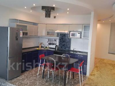 2-комнатная квартира, 72 м², 33/36 этаж посуточно, Достык 5 — Сауран за 12 500 〒 в Нур-Султане (Астана), Есиль р-н — фото 4