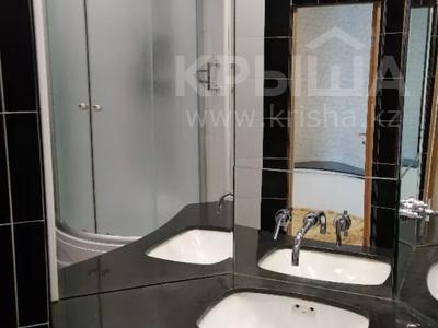 2-комнатная квартира, 72 м², 33/36 этаж посуточно, Достык 5 — Сауран за 12 500 〒 в Нур-Султане (Астана), Есиль р-н — фото 5