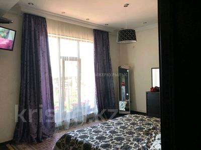 4-комнатный дом, 145 м², 5 сот., мкр Горный Гигант 111 — Азербаева за 86 млн 〒 в Алматы, Медеуский р-н — фото 8