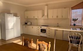 """5-комнатный дом, 392 м², 12 сот., мкр """"Самал"""", 15 микрорайон за 160 млн 〒 в Актау, мкр """"Самал"""""""