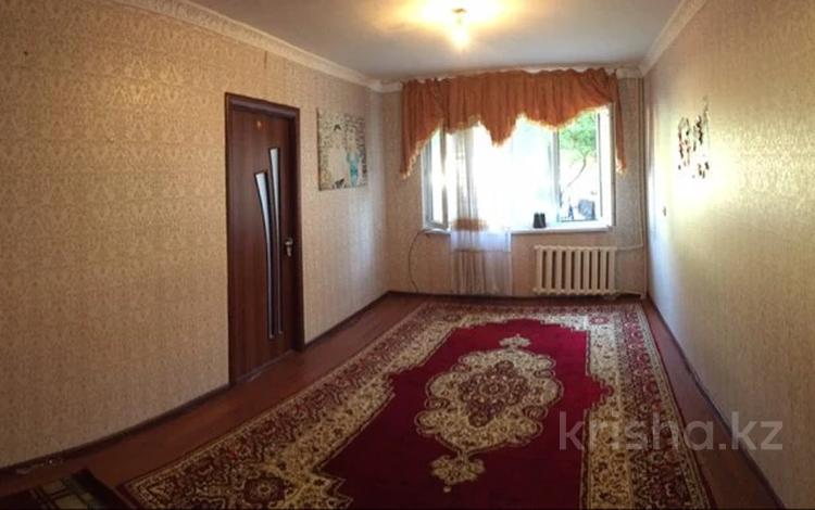 3-комнатная квартира, 58 м², 1/5 этаж, Мкр Дархан, ул Абдыразакова 6 за 14.2 млн 〒 в Шымкенте, Аль-Фарабийский р-н