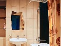 1-комнатная квартира, 38 м², 6/9 этаж посуточно, проспект Нурсултана Назарбаева 209 за 8 000 〒 в Уральске