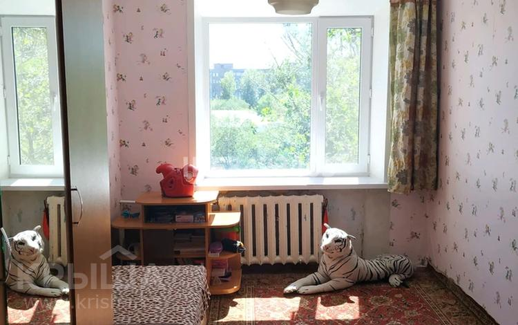 3-комнатная квартира, 52 м², 6/6 этаж, Сатыбалдина 2 за 14.5 млн 〒 в Караганде, Казыбек би р-н
