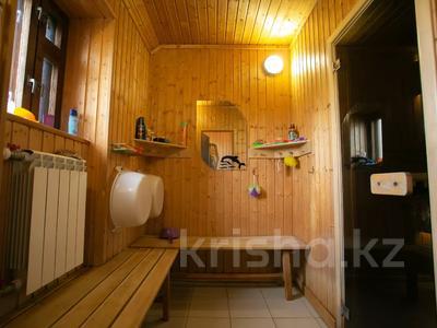 8-комнатный дом, 303 м², 20 сот., Сосновка 31 — Советская за 31.8 млн 〒 в Омске — фото 14