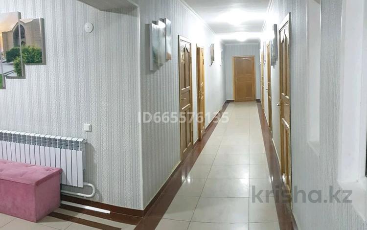 15 комнат, 850 м², С Кожанова 99 за 3 000 〒 в Туркестане