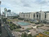 4-комнатная квартира, 220 м², 4/8 этаж на длительный срок, Достык 13/3 за 600 000 〒 в Нур-Султане (Астане), Есильский р-н