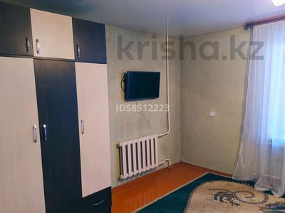 1-комнатная квартира, 40 м², 3/5 этаж посуточно, Жансугурова 112 — Шевченко за 5 000 〒 в Талдыкоргане — фото 3