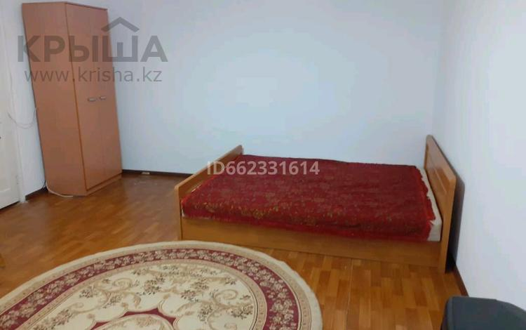 1-комнатная квартира, 45 м², 1/9 этаж помесячно, мкр Кунаева 55 за 65 000 〒 в Уральске, мкр Кунаева