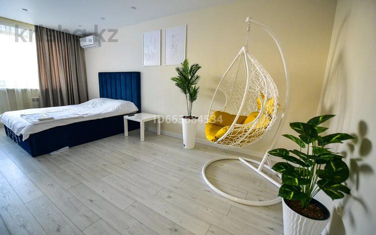 1-комнатная квартира, 40 м², 13/16 этаж посуточно, Проспект Назарбаева 89/2 за 12 000 〒 в Павлодаре