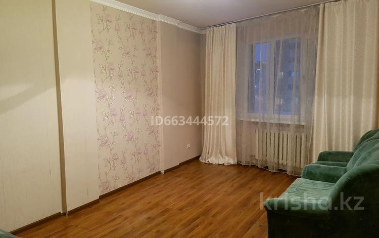 2-комнатная квартира, 61 м², 4/16 этаж, Сейфуллина за 20 млн 〒 в Нур-Султане (Астана), Сарыарка р-н