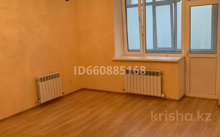 3-комнатная квартира, 100 м², 2/3 этаж, Улица 38 25 за 58 млн 〒 в Нур-Султане (Астана), Есиль р-н