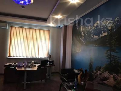 Офис площадью 130 м², проспект Кунаева 36 за 500 000 〒 в Шымкенте, Аль-Фарабийский р-н — фото 3