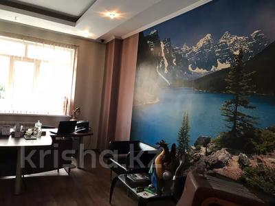Офис площадью 130 м², проспект Кунаева 36 за 500 000 〒 в Шымкенте, Аль-Фарабийский р-н — фото 6