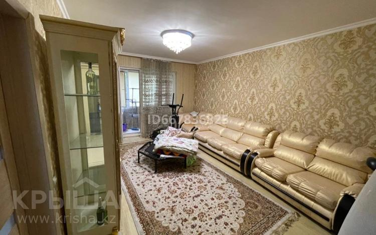 3-комнатная квартира, 102.6 м², 1/9 этаж, мкр Аксай-1А 18 за 38 млн 〒 в Алматы, Ауэзовский р-н