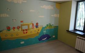 5-комнатная квартира, 110 м², 1/3 этаж, Тузова за ~ 34 млн 〒 в Алматы, Бостандыкский р-н