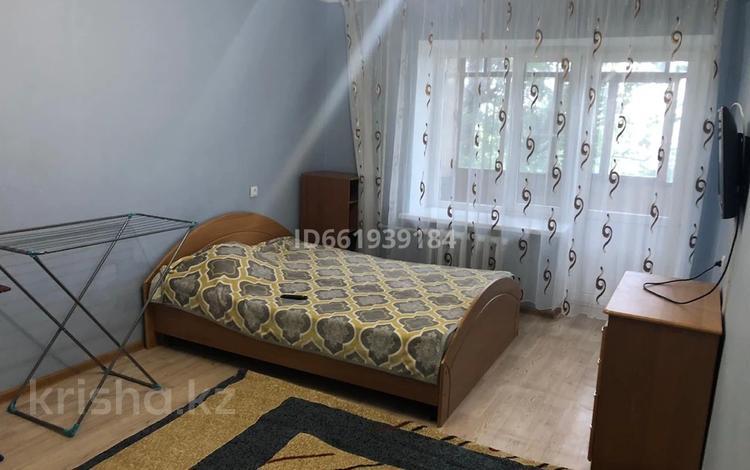 1-комнатная квартира, 34 м², 4/5 этаж помесячно, Газизы Жубанова 48 — Абулхаир хана за 70 000 〒 в Актобе