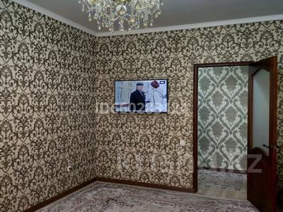 2-комнатная квартира, 60 м², 2/7 этаж помесячно, мкр Кайтпас 2, Тулеметова 69/10 — Утегенова за 120 000 〒 в Шымкенте, Каратауский р-н — фото 11