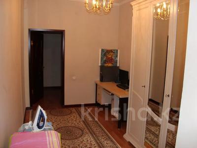 Здание, площадью 700 м², Рыскулова за 175 млн 〒 в Шымкенте, Абайский р-н