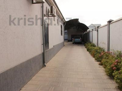 Здание, площадью 700 м², Рыскулова за 175 млн 〒 в Шымкенте, Абайский р-н — фото 10
