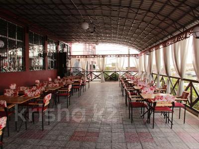 Здание, площадью 700 м², Рыскулова за 175 млн 〒 в Шымкенте, Абайский р-н — фото 4