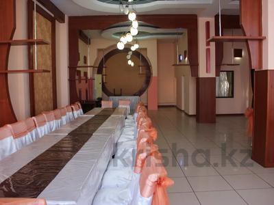 Здание, площадью 700 м², Рыскулова за 175 млн 〒 в Шымкенте, Абайский р-н — фото 6