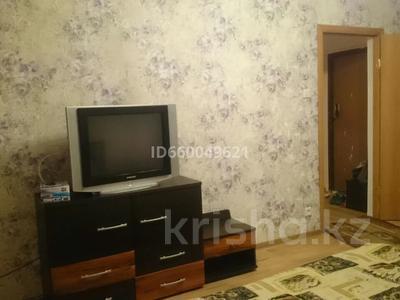 1-комнатная квартира, 35 м², 2/9 этаж помесячно, 5-й микрорайон 20 за 100 000 〒 в Аксае — фото 6