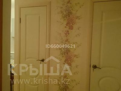 1-комнатная квартира, 35 м², 2/9 этаж помесячно, 5-й микрорайон 20 за 100 000 〒 в Аксае — фото 8