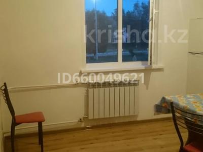 1-комнатная квартира, 35 м², 2/9 этаж помесячно, 5-й микрорайон 20 за 100 000 〒 в Аксае — фото 11