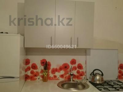 1-комнатная квартира, 35 м², 2/9 этаж помесячно, 5-й микрорайон 20 за 100 000 〒 в Аксае — фото 3