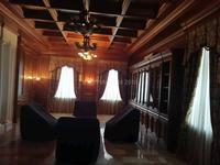 10-комнатный дом, 1500 м², 100 сот.