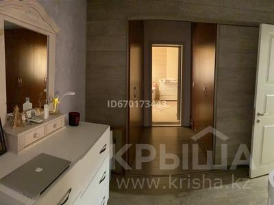4-комнатная квартира, 160 м², 5/6 этаж, Хаджимукана 28 — Мендикулова за 82 млн 〒 в Алматы, Медеуский р-н
