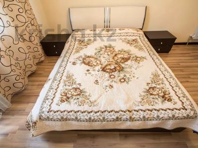 2-комнатная квартира, 70 м², 8/8 этаж посуточно, Валиханова 21 за 13 990 〒 в Атырау — фото 9