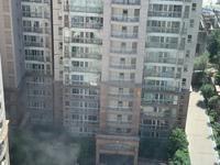 5-комнатная квартира, 220 м², 5/22 этаж помесячно