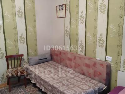 3-комнатная квартира, 65 м², 6/9 этаж, ул. Мамраева 41 за 13.7 млн 〒 в Караганде, Октябрьский р-н — фото 3
