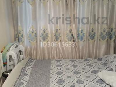 3-комнатная квартира, 65 м², 6/9 этаж, ул. Мамраева 41 за 13.7 млн 〒 в Караганде, Октябрьский р-н — фото 20