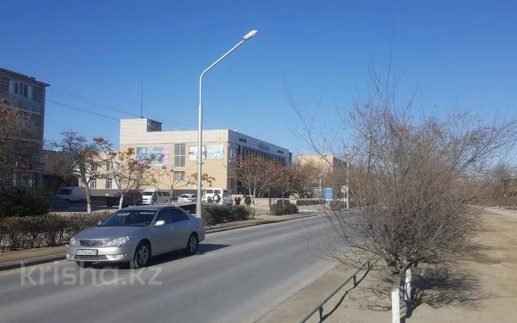 Здание, площадью 2000 м², 2-й мкр 12 за 750 млн 〒 в Актау, 2-й мкр