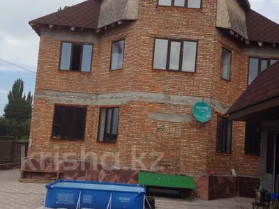 9-комнатный дом, 600 м², 9 сот., Аль-Фараби 50 за 79 млн 〒 в Талгаре — фото 2